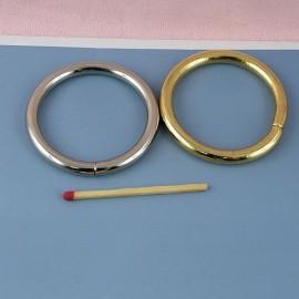 Anneau rond métal grand diamètre 5 cm.