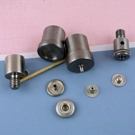 Presse pour sertir les pressions 14 mm.