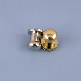Plot bouton col métal maroquinerie.