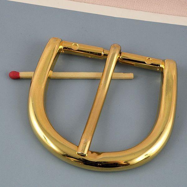 Grosse Boucle ardillon métal , tige luxe, 6 cm.