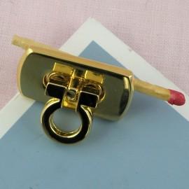 Metal purse twist lock