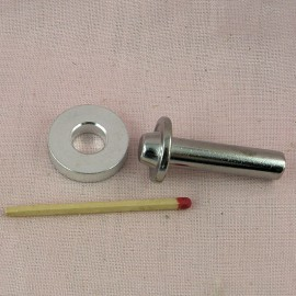 Outil manuel pour sertir les pressions 20 mm.