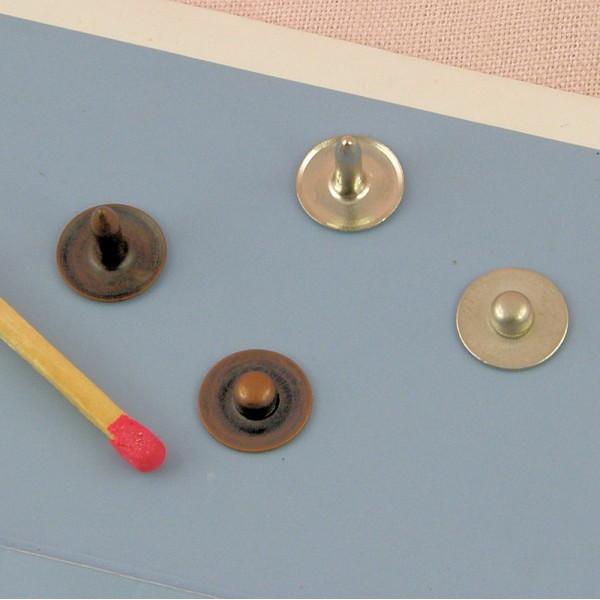 Metal rivet decoration jeans 9 mms