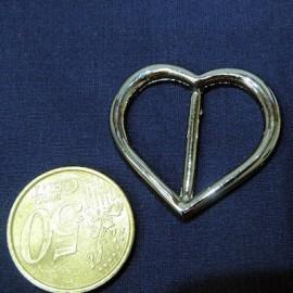 Heart metal buckle, diameter 3,5 cms.