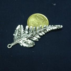 Pendentif fougère métal décoration fournitures maroquinerie,
