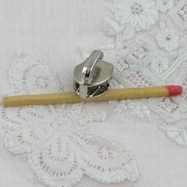 Curseur fermeture glissière nylon 7 mm