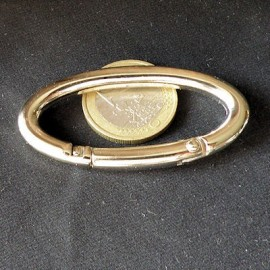 Metal ring oval large size 55 mms.