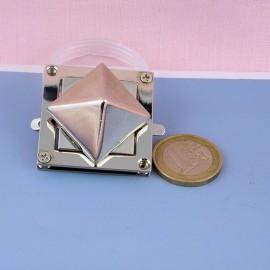 Fermoir métallique pyramide, clou collier chien fournitures maroquinerie, 2 parties