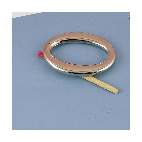 Metal ring oval large size 7 cms.