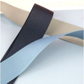 Belting, Petersham ribbon, bag handles  25 mms sold by 10 cms.