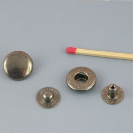 Metallic snaps fastener 14 mm