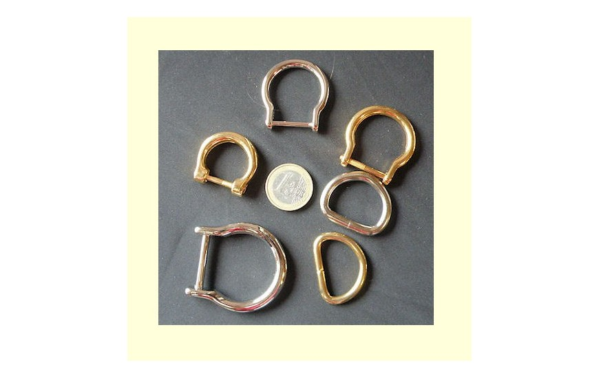 Horseshoe D ring